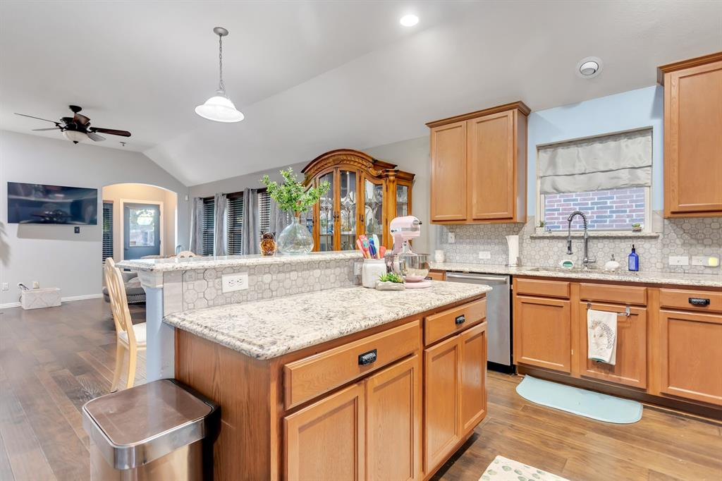 531 Kirby  Drive, Argyle, Texas 76226 - acquisto real estate best celina realtor logan lawrence best dressed realtor