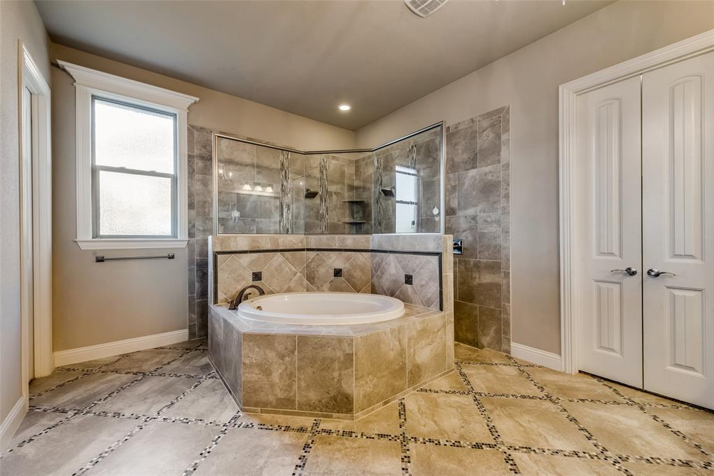 12416 Dido Vista  Court, Fort Worth, Texas 76179 - acquisto real estate best photos for luxury listings amy gasperini quick sale real estate