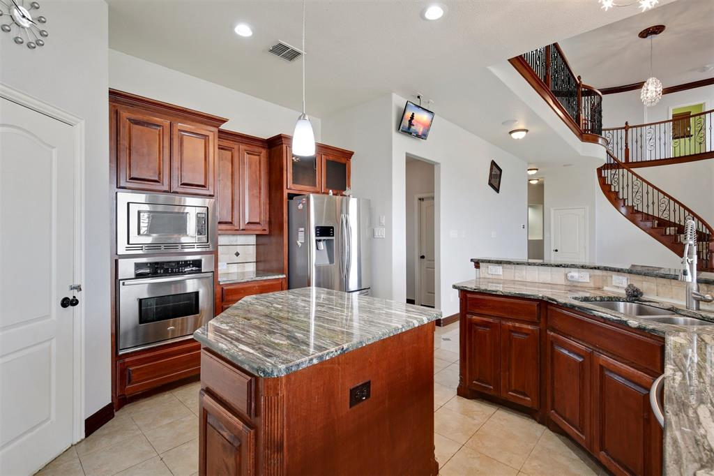 4714 Alcazar  Court, Irving, Texas 75062 - acquisto real estate best listing listing agent in texas shana acquisto rich person realtor