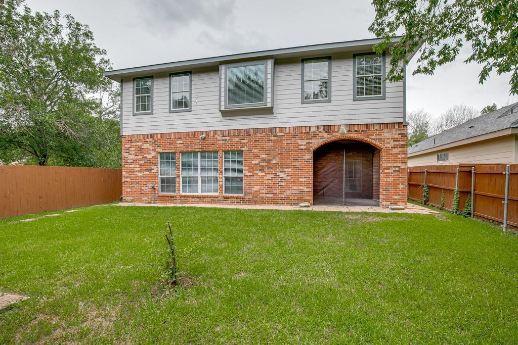 746 Elsberry  Avenue, Dallas, Texas 75217 - acquisto real estate best realtor foreclosure real estate mike shepeherd walnut grove realtor