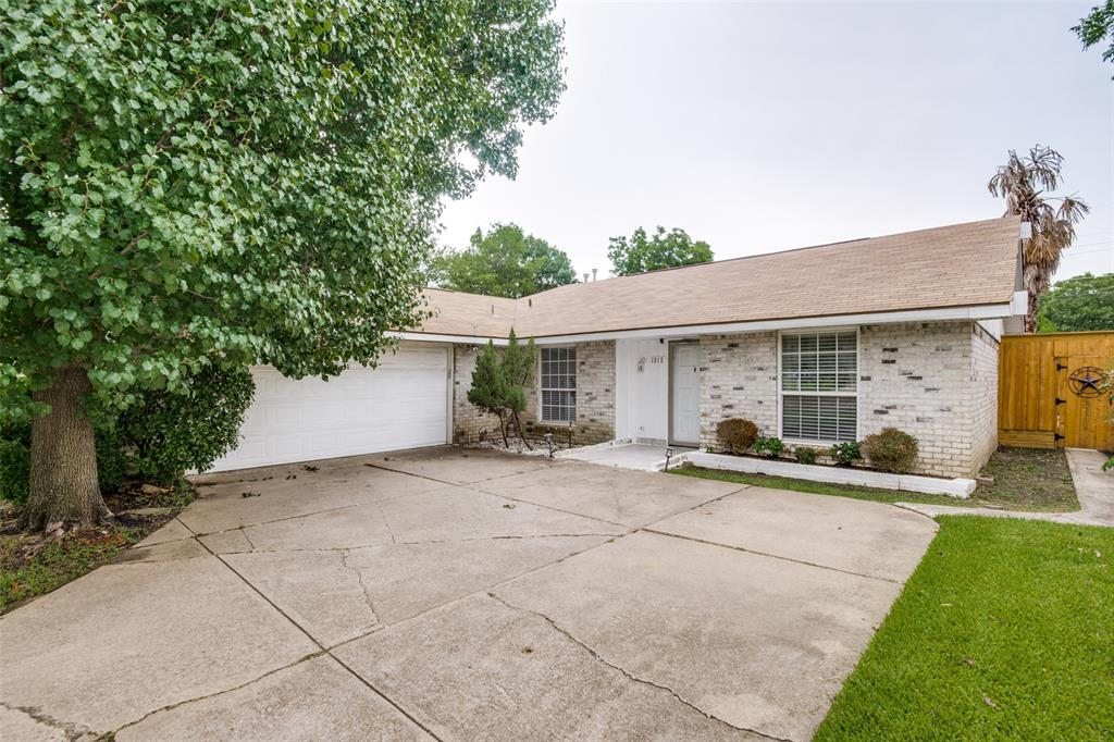 1512 Park  Boulevard, Plano, Texas 75074 - Acquisto Real Estate best plano realtor mike Shepherd home owners association expert