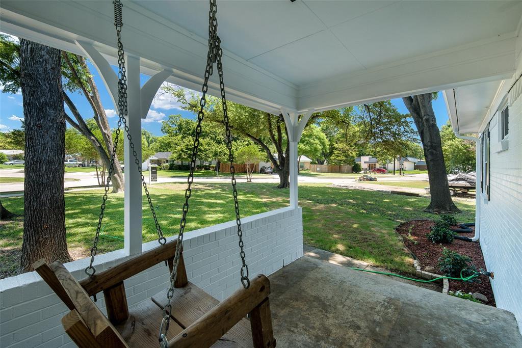 8815 Boundbrook  Circle, Dallas, Texas 75243 - acquisto real estate best prosper realtor susan cancemi windfarms realtor