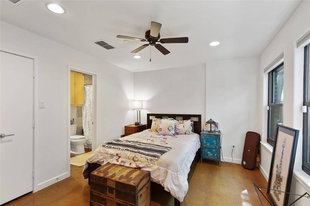 2411 Hall  Street, Dallas, Texas 75204 - acquisto real estate best negotiating realtor linda miller declutter realtor
