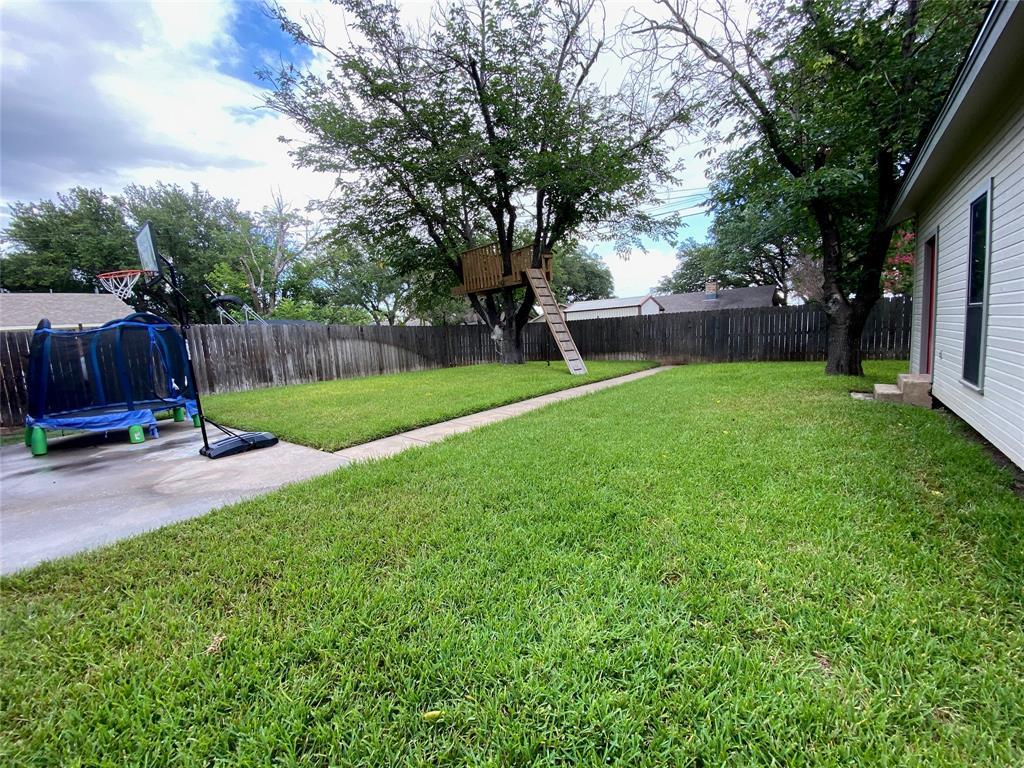 2103 High  Street, Brady, Texas 76825 - acquisto real estate best prosper realtor susan cancemi windfarms realtor