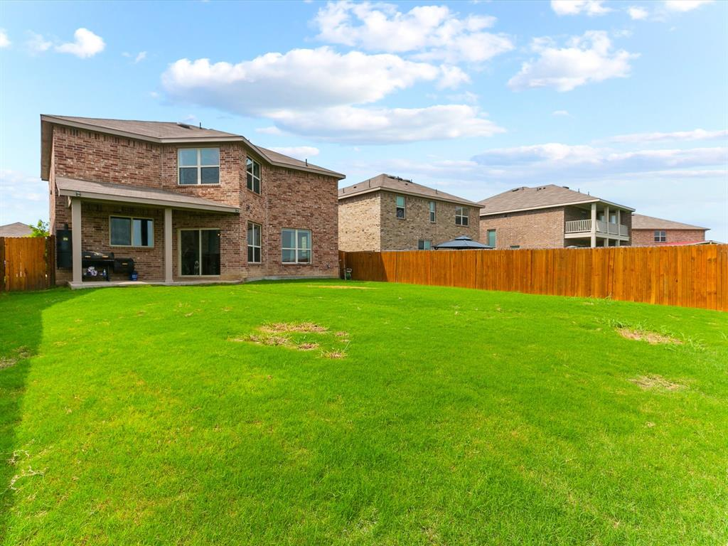 10513 Wild Meadow  Way, Fort Worth, Texas 76108 - acquisto real estate best real estate idx dilusso marketing mike acquisto