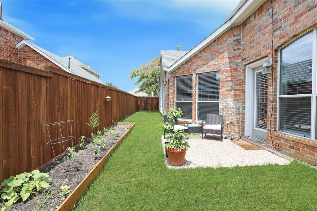 2537 Dunbar  Drive, McKinney, Texas 75072 - acquisto real estate mvp award real estate logan lawrence