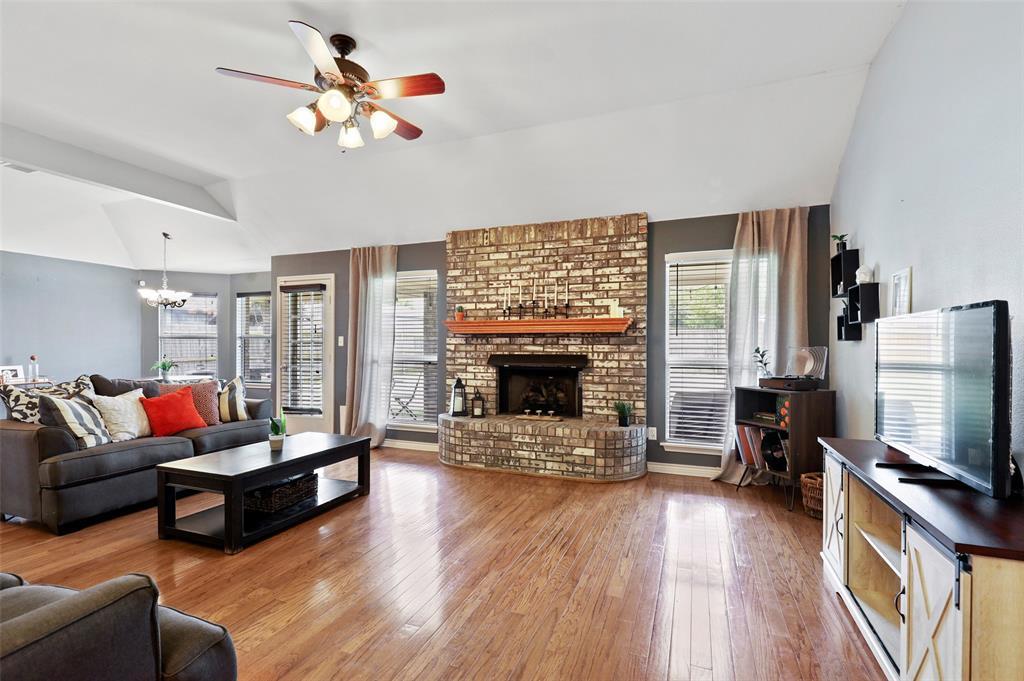 525 Addison  Street, Lake Dallas, Texas 75065 - acquisto real estate best the colony realtor linda miller the bridges real estate