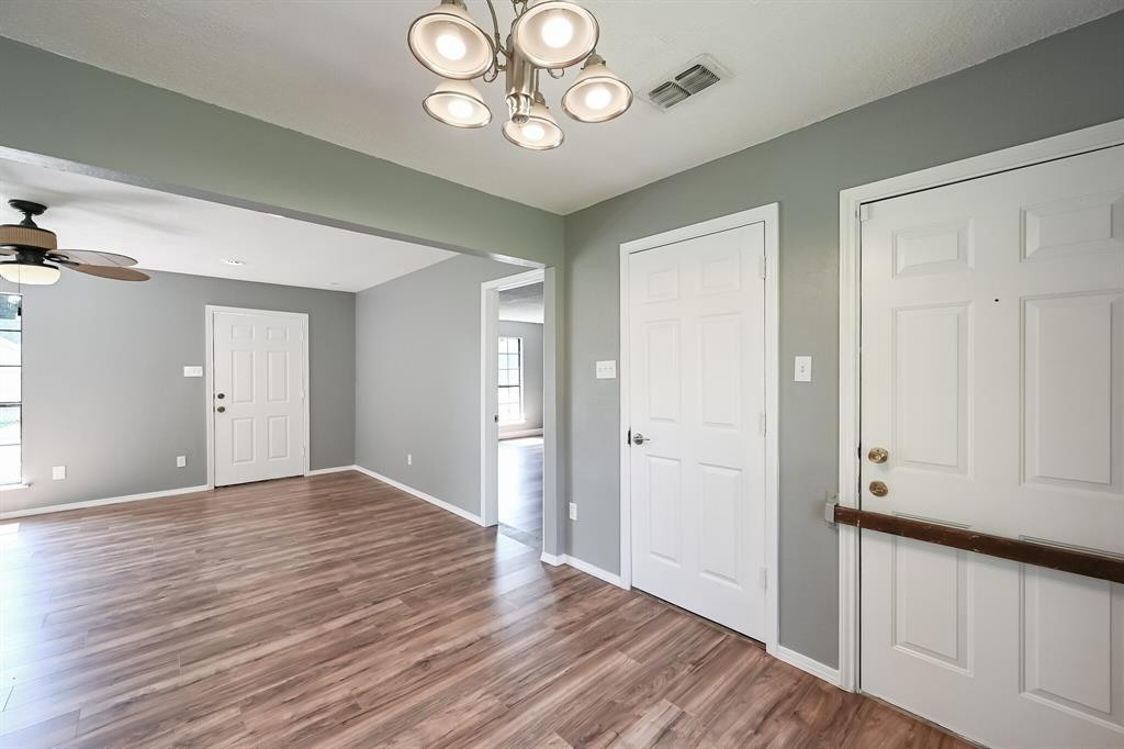 2401 Ben  Avenue, Fort Worth, Texas 76103 - acquisto real estate best designer and realtor hannah ewing kind realtor