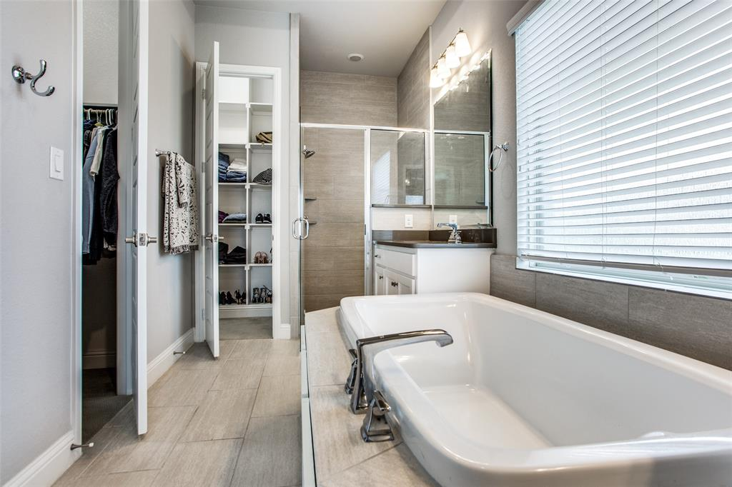 1657 Olive  Avenue, Celina, Texas 75009 - acquisto real estate best realtor dfw jody daley liberty high school realtor