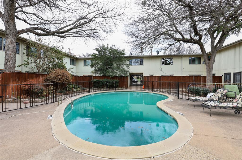 4039 Cole  Avenue, Dallas, Texas 75204 - Acquisto Real Estate best mckinney realtor hannah ewing stonebridge ranch expert