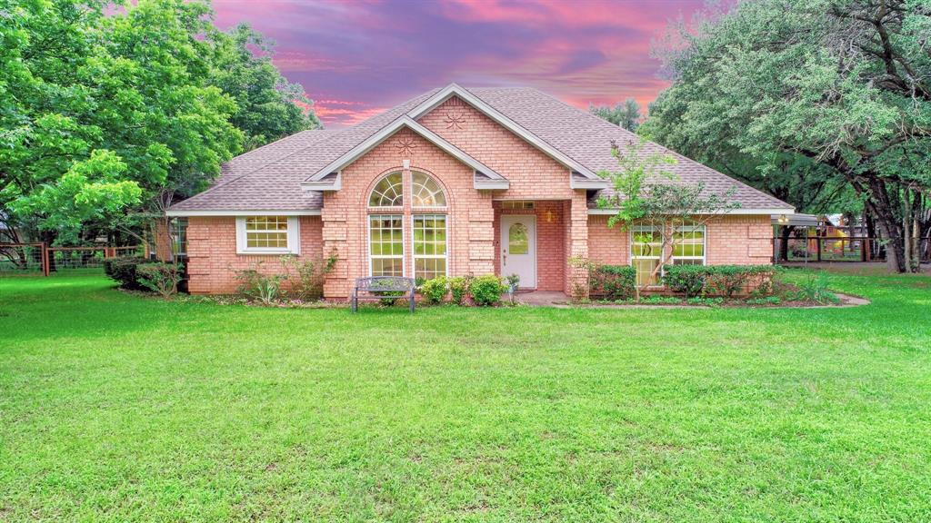 201 Chaparral  Drive, Granbury, Texas 76049 - Acquisto Real Estate best plano realtor mike Shepherd home owners association expert
