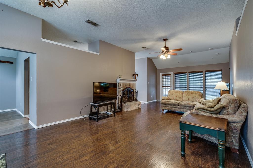 7624 Arbor Ridge  Court, Fort Worth, Texas 76112 - acquisto real estate best new home sales realtor linda miller executor real estate
