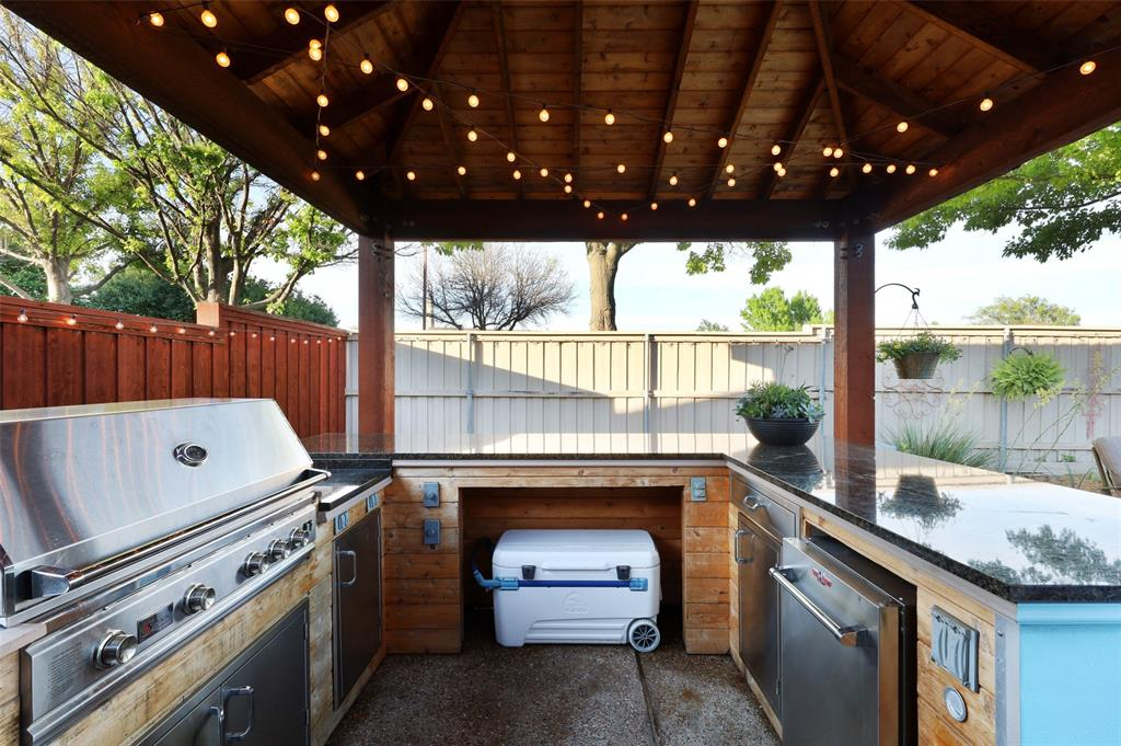 407 Clover Leaf  Lane, McKinney, Texas 75072 - acquisto real estate best looking realtor in america shana acquisto