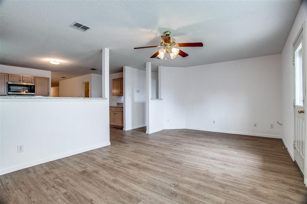 1106 Schenectady  Road, Arlington, Texas 76017 - acquisto real estate best real estate company to work for