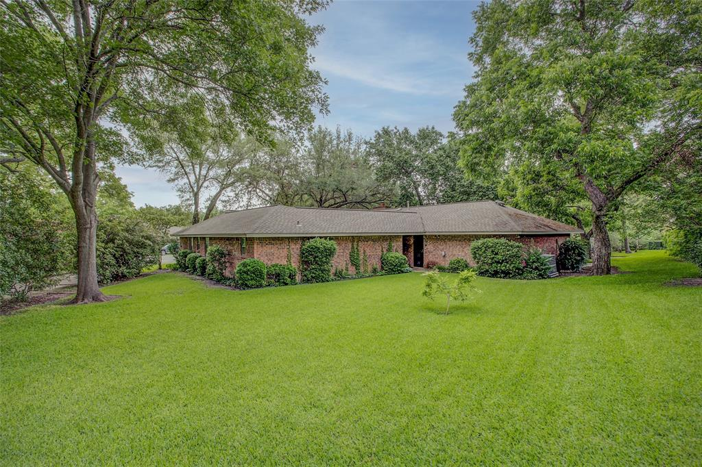 1513 Northcrest  Court, Fort Worth, Texas 76107 - acquisto real estate best real estate follow up system katy mcgillen