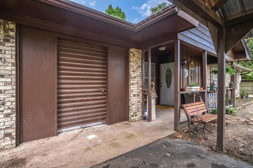 802 Lindy  Drive, Grand Saline, Texas 75140 - acquisto real estate best celina realtor logan lawrence best dressed realtor