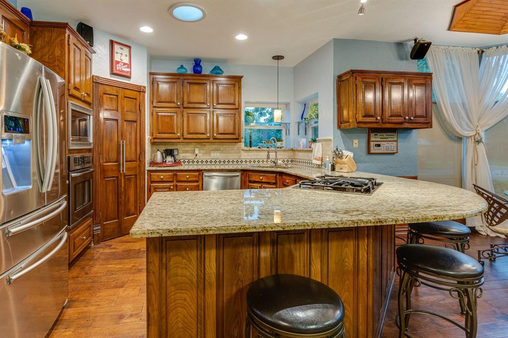 1422 Sweetgum  Circle, Keller, Texas 76248 - acquisto real estate best new home sales realtor linda miller executor real estate