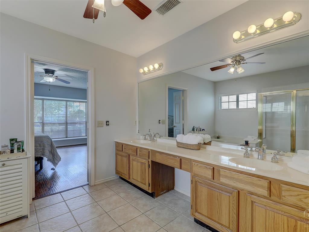 2121 Lansdown  Drive, Carrollton, Texas 75010 - acquisto real estate best realtor dfw jody daley liberty high school realtor