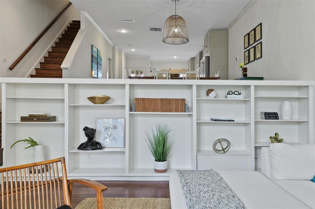 3509 Dickason  Avenue, Dallas, Texas 75219 - acquisto real estate best real estate company to work for