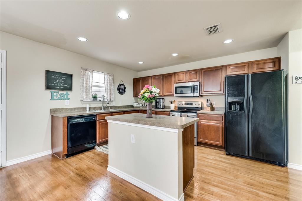 1306 Foster  Street, Cedar Hill, Texas 75104 - acquisto real estate best listing agent in the nation shana acquisto estate realtor