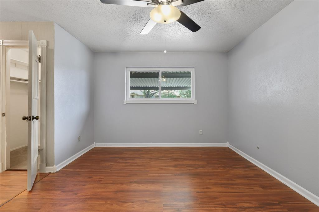 25 Mountain Creek  Court, Grand Prairie, Texas 75052 - acquisto real estate best new home sales realtor linda miller executor real estate