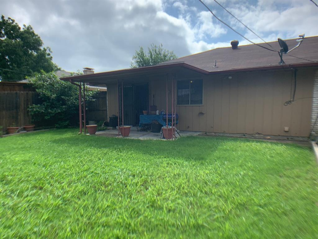 4203 Cinnabar  Drive, Dallas, Texas 75227 - acquisto real estate best frisco real estate agent amy gasperini panther creek realtor