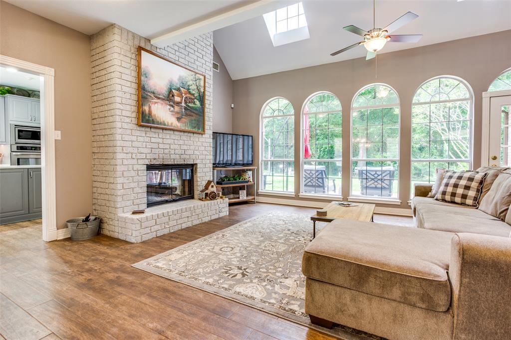 204 Laurel Creek  Drive, Sherman, Texas 75092 - acquisto real estate best highland park realtor amy gasperini fast real estate service