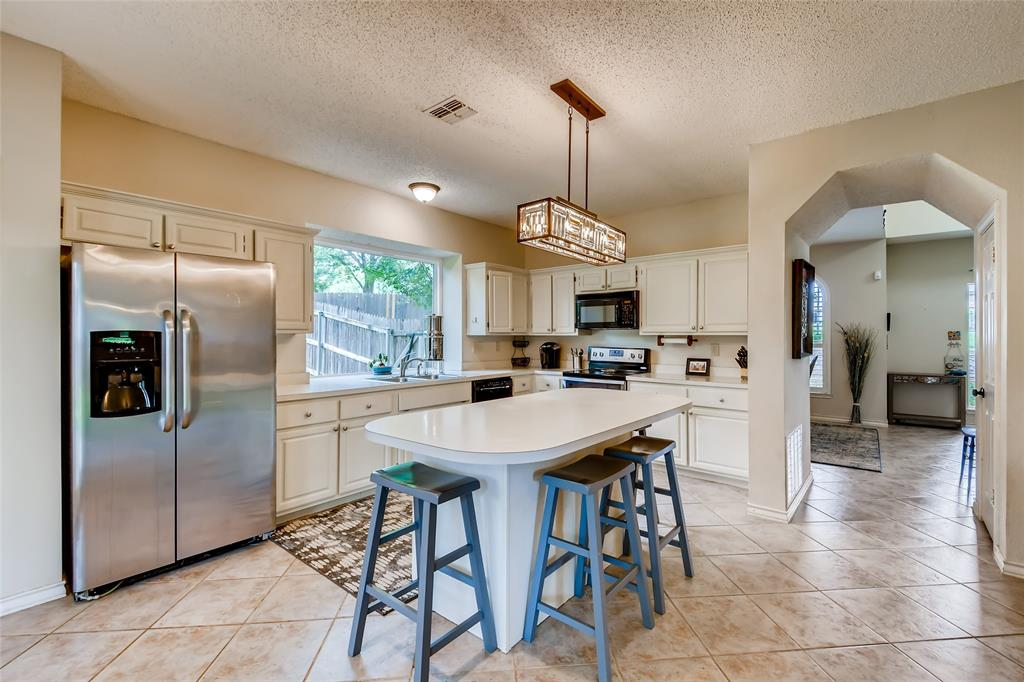 1220 Trinity  Drive, Benbrook, Texas 76126 - acquisto real estate best real estate company to work for