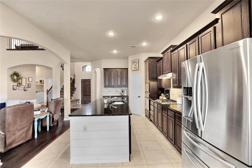 543 La Grange  Drive, Fate, Texas 75087 - acquisto real estate best new home sales realtor linda miller executor real estate