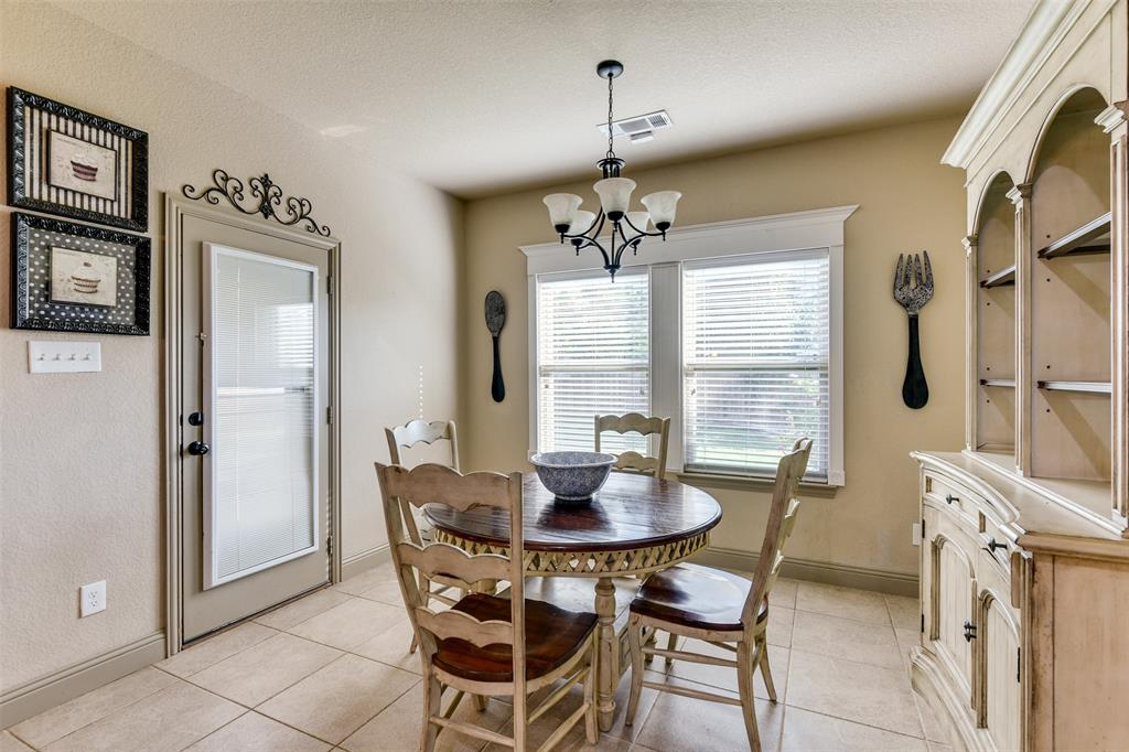 337 Canadian  Lane, Burleson, Texas 76028 - acquisto real estate best style realtor kim miller best real estate reviews dfw