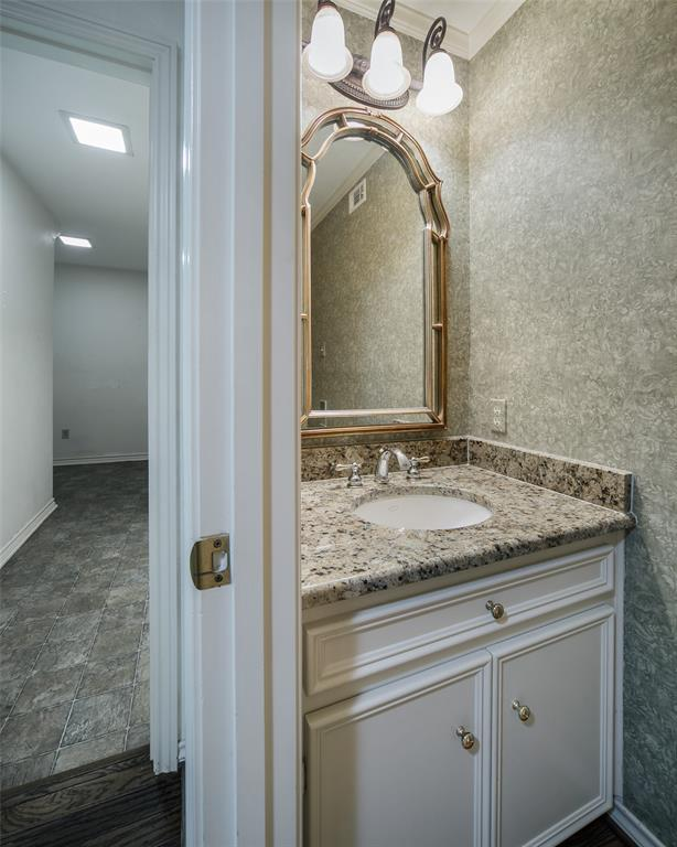 40 Crown  Place, Richardson, Texas 75080 - acquisto real estate best frisco real estate broker in texas for high net worth buyers