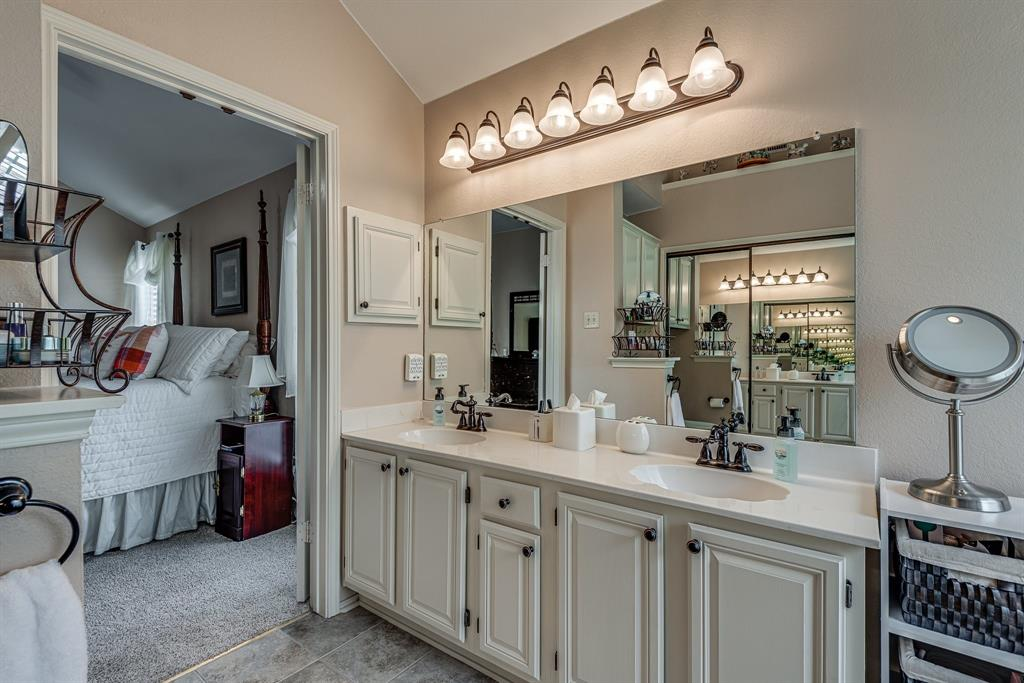 2205 Villanova  Street, Arlington, Texas 76018 - acquisto real estate best real estate company in frisco texas real estate showings