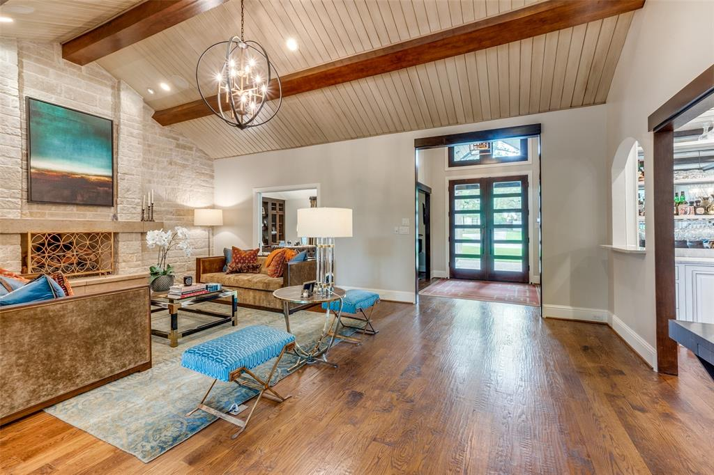 11232 Russwood  Circle, Dallas, Texas 75229 - acquisto real estate best real estate company to work for