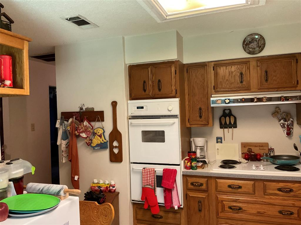 1707 Bunker Hill  Lane, Lewisville, Texas 75056 - acquisto real estate best new home sales realtor linda miller executor real estate