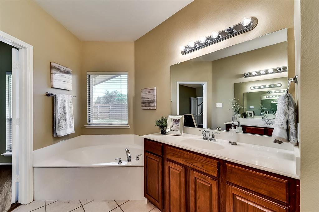 10283 Limbercost  Lane, Frisco, Texas 75035 - acquisto real estate best realtor westlake susan cancemi kind realtor of the year