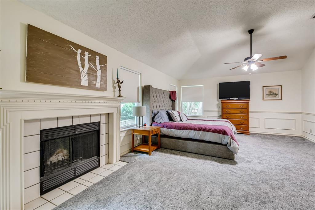1220 Trinity  Drive, Benbrook, Texas 76126 - acquisto real estate best realtor dallas texas linda miller agent for cultural buyers