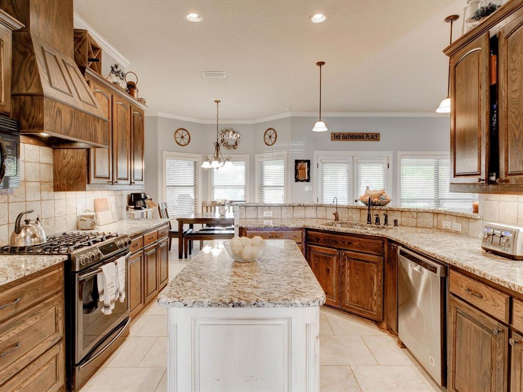 104 Tealwood  Lane, Aledo, Texas 76008 - acquisto real estate best photos for luxury listings amy gasperini quick sale real estate