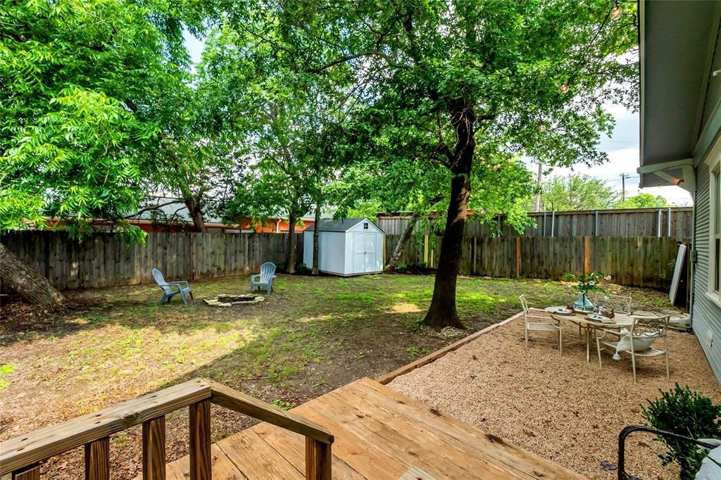 810 Elsbeth  Street, Dallas, Texas 75208 - acquisto real estaet best boutique real estate firm in texas for high net worth sellers