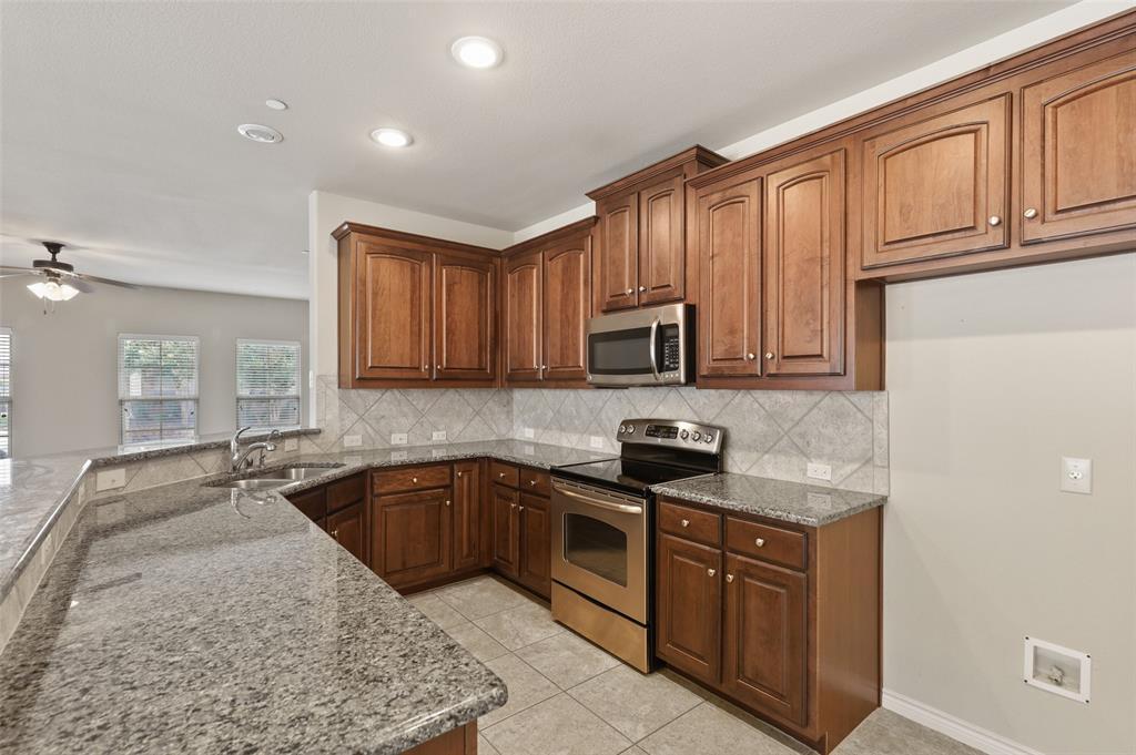 4293 Kiowa  Drive, Carrollton, Texas 75010 - acquisto real estate best highland park realtor amy gasperini fast real estate service