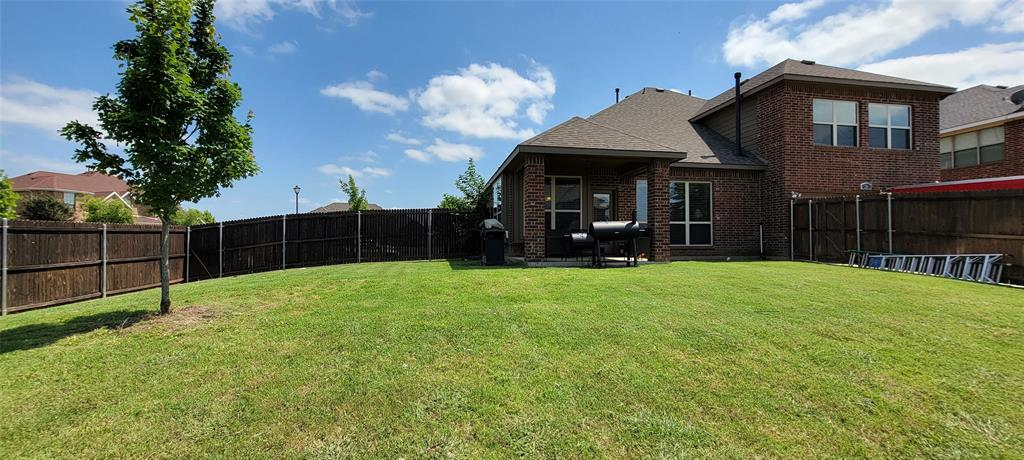 201 Brentwood  Drive, DeSoto, Texas 75115 - acquisto real estate agent of the year mike shepherd