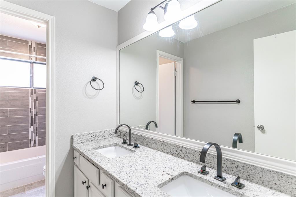4205 Whitman  Lane, Grand Prairie, Texas 75052 - acquisto real estate nicest realtor in america shana acquisto