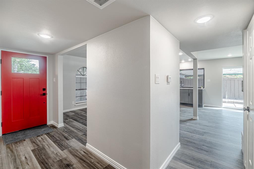 6221 Glenmoor  Drive, Garland, Texas 75043 - Acquisto Real Estate best mckinney realtor hannah ewing stonebridge ranch expert