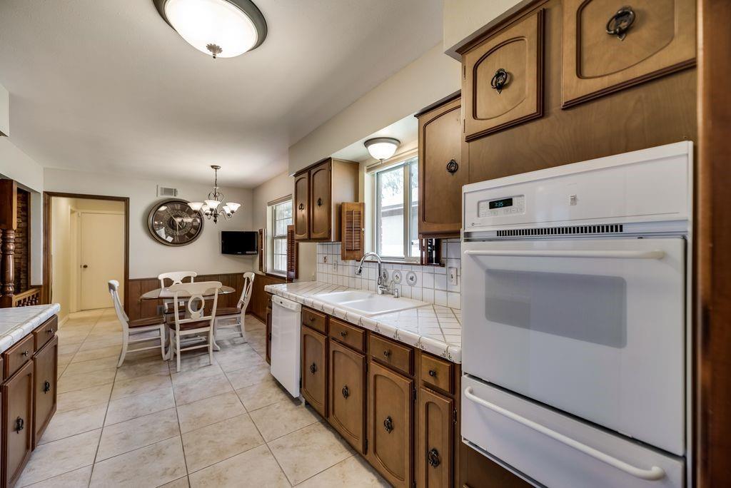 7760 El Pensador  Drive, Dallas, Texas 75248 - acquisto real estate best real estate company in frisco texas real estate showings