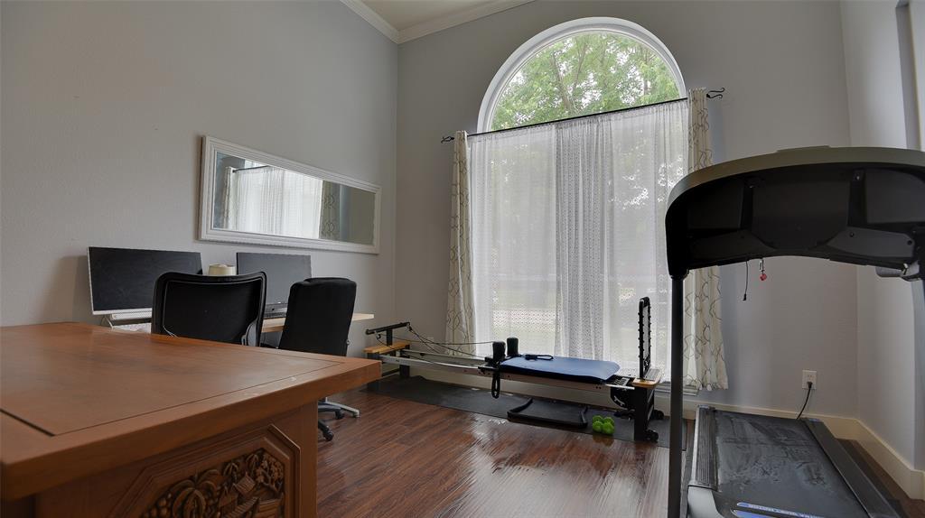 135 Sherwood  Drive, Murphy, Texas 75094 - acquisto real estate best negotiating realtor linda miller declutter realtor