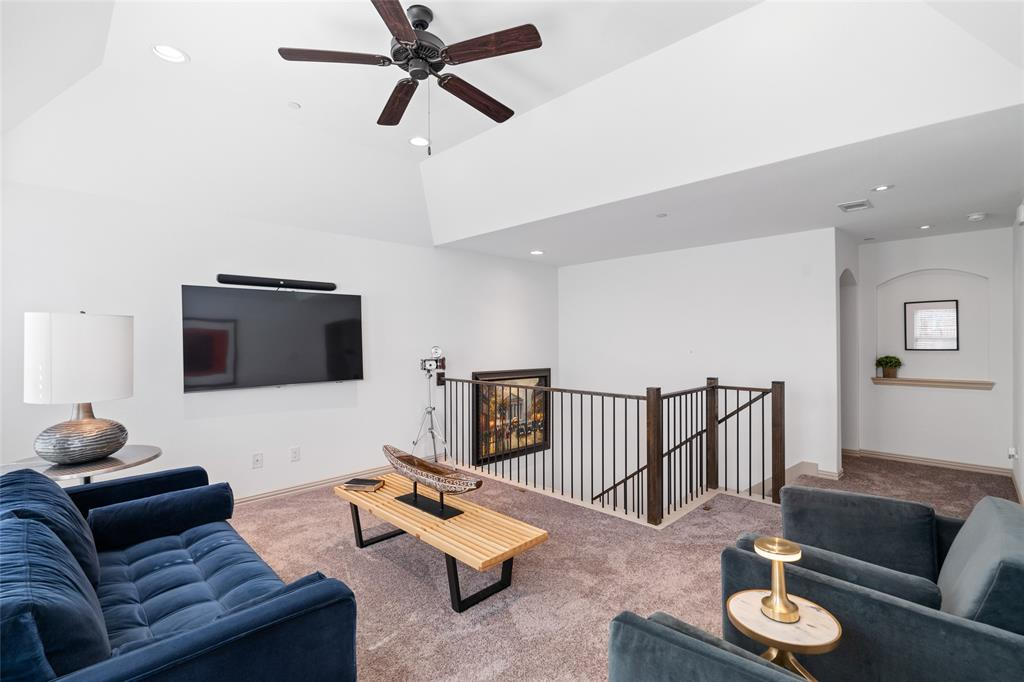 7208 Chief Spotted Tail  Drive, McKinney, Texas 75070 - acquisto real estate best photos for luxury listings amy gasperini quick sale real estate