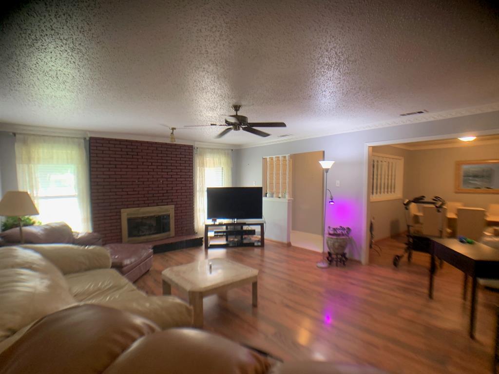 4203 Cinnabar  Drive, Dallas, Texas 75227 - acquisto real estate best prosper realtor susan cancemi windfarms realtor