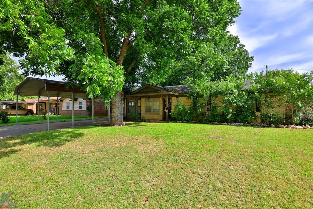3916 Laurel  Drive, Abilene, Texas 79603 - Acquisto Real Estate best plano realtor mike Shepherd home owners association expert