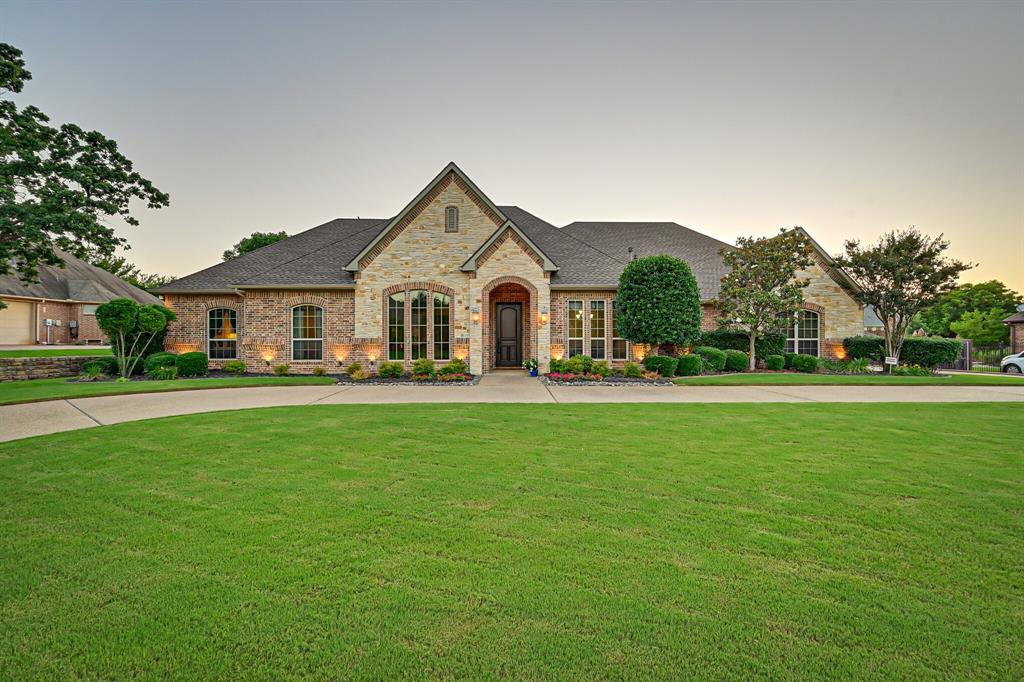 1040 Falcon Creek  Drive, Kennedale, Texas 76060 - acquisto real estate best looking realtor in america shana acquisto