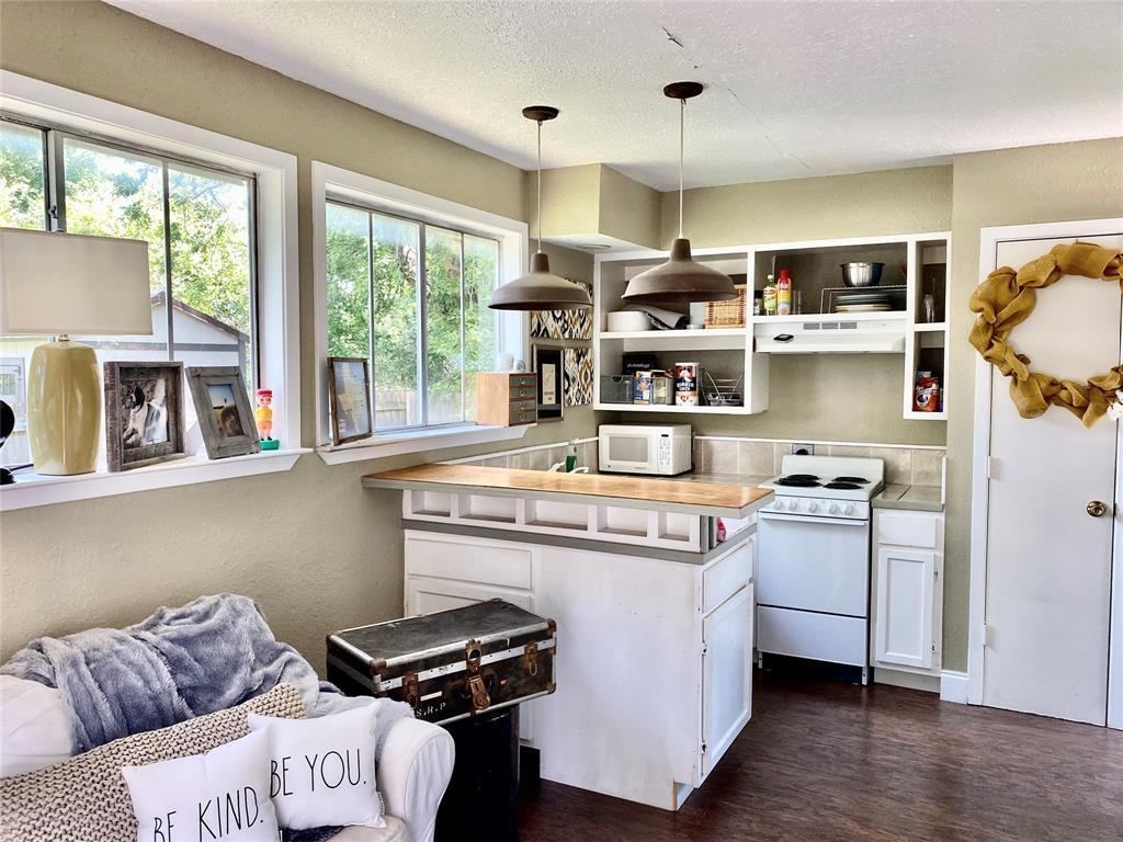 136 Umphress  Street, Van Alstyne, Texas 75495 - acquisto real estate best photo company frisco 3d listings
