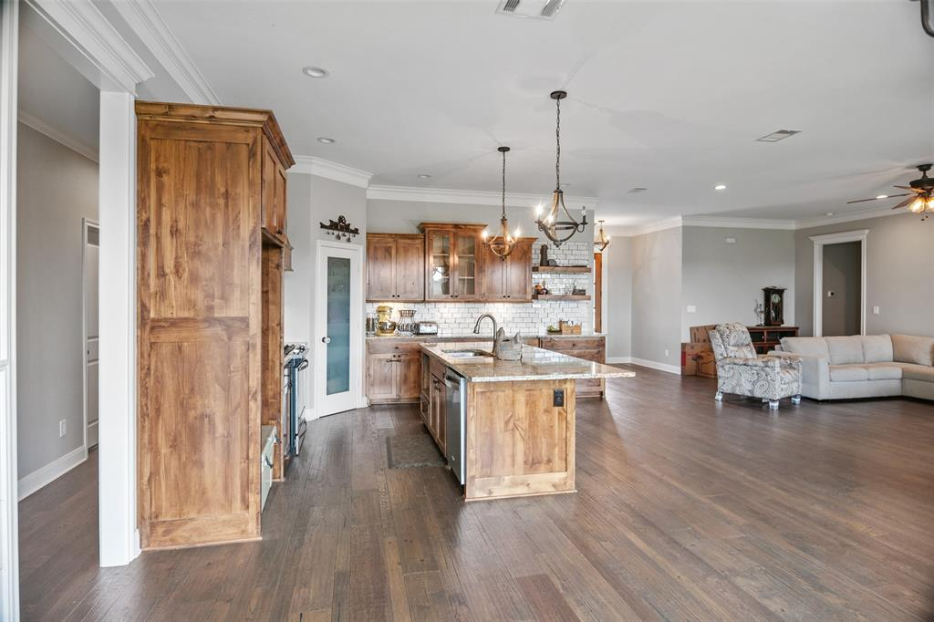 19436 Ridge Point  Circle, Lindale, Texas 75771 - acquisto real estate best listing listing agent in texas shana acquisto rich person realtor